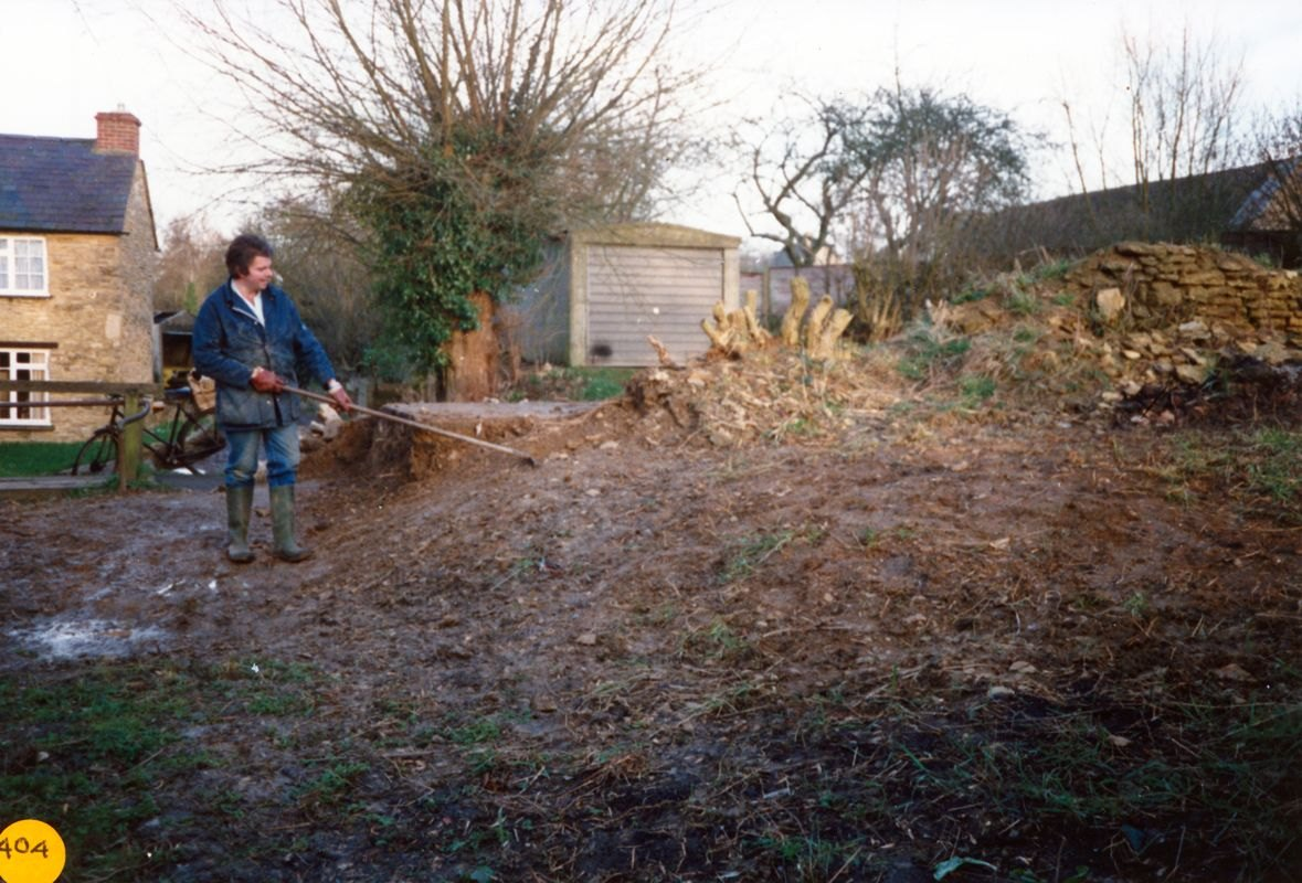 March 1989 Graham Bradshaw clearing the land north of the chapel (above the river).