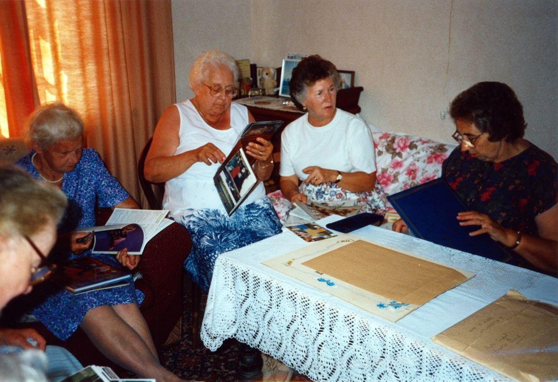 August 1994 Dashwood House summer meeting at 67 North Street. Charis Stevens, Margaret Allen, Barbara Imbert, Brenda Monk.