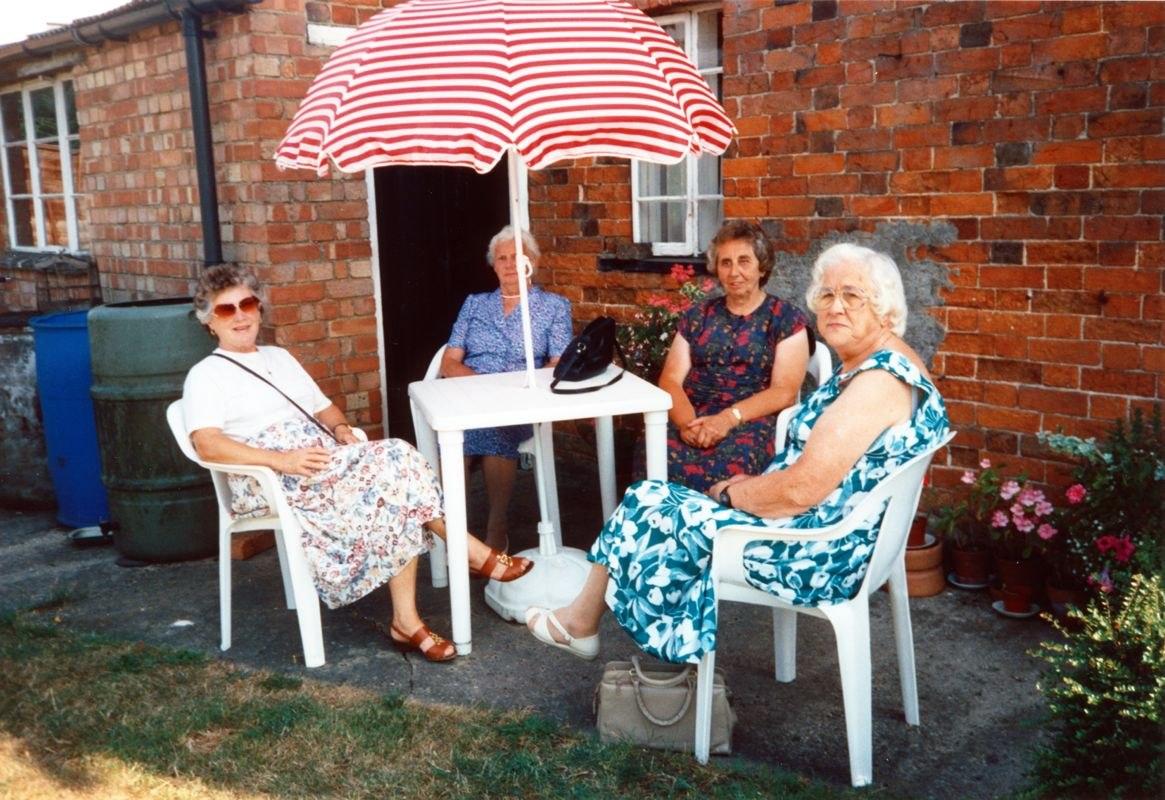August 1994 Dashwood House summer meeting at 67 North Street. Barbara Imbert, Charis Stevens, Brenda Monk, Kathleen Brown.
