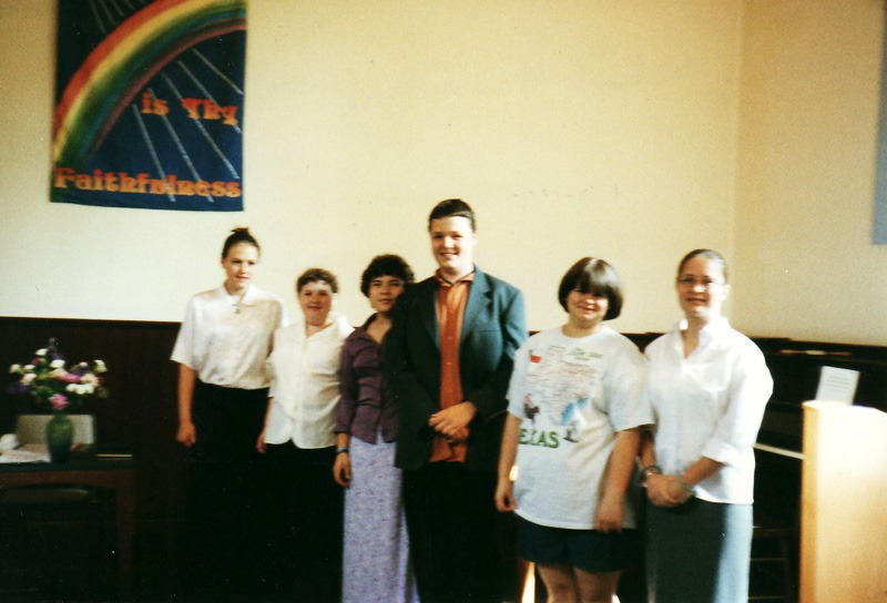 2000 (?) Sunday School Anniversary, cast of sketch for 'Rich Young Rider'.