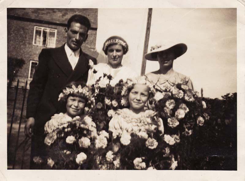 4 September 1937 Wedding of Valentine Gardner and Ethel May Stewart in the Methodist Chapel.