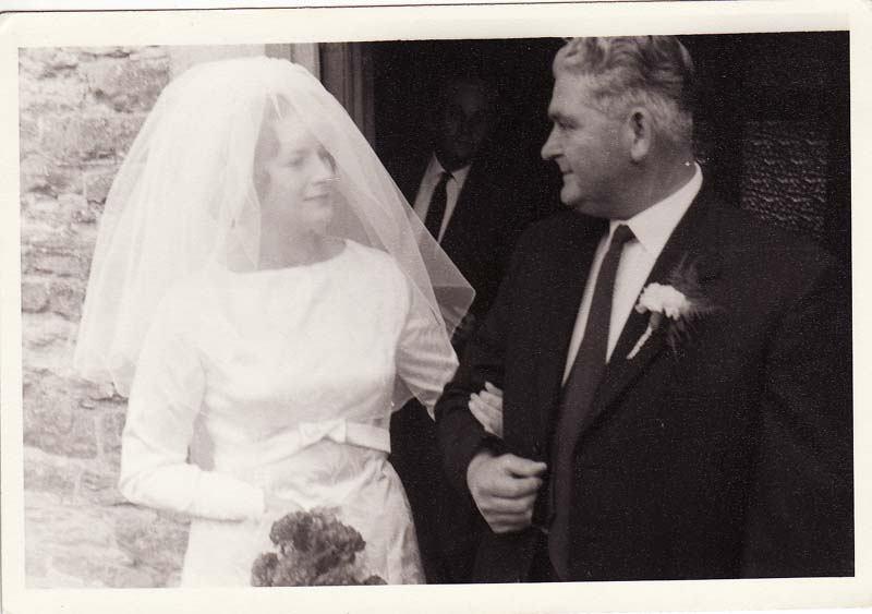 29 August 1964 Wedding of Deanna Stewart and Derek Gardner, outside the Methodist Chapel. Deanna Stewart, her father William John Stewart and, in the background, Jack Thomas.