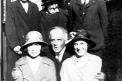1930s At the chapel in Chipping Norton. Back: Mrs. Fathers, Mrs. Johnson (both from Swerford), William Langford. Front: Ada Longford, George Kirby, Ruth Kirby.