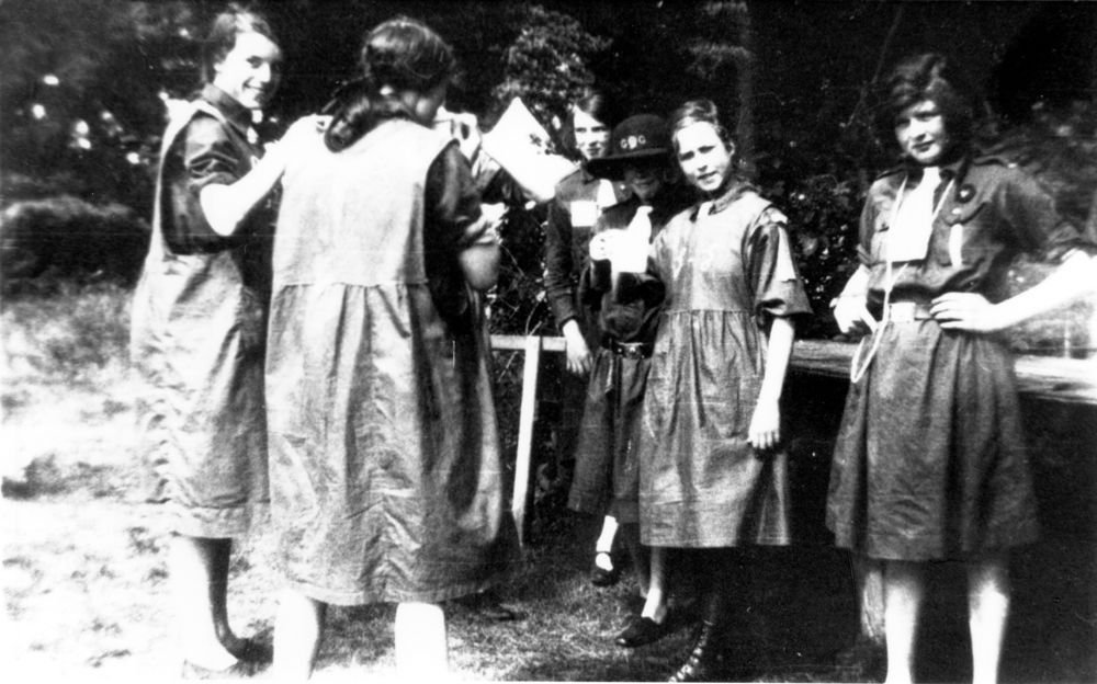 1920s Guides.