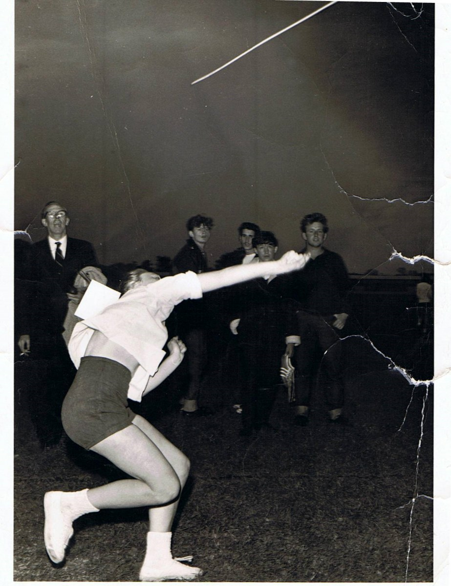 1963/64. County Sports Day - Middle Barton Youth Club. Gillian Savage throwing the javelin.