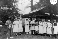 The Boy Scouts Jamboree at Westcote Barton - The refreshment staff. ?, Elsie Matthews, Grace Dormer, Lettie Cross, ? Knight, ? Haynes, ? Austin, Flo Wheeler, ?.