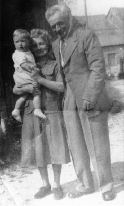 1952 Charles and Nellie Eaglestone with a grandson, David.