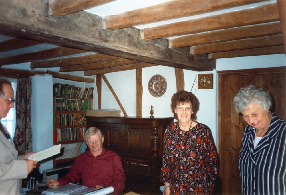 Summer 1994 11 Enstone Road. Centre seated: Geoffrey Stevenson. Standing: Sheila Rawlins on left and, right, Sheila's friend.