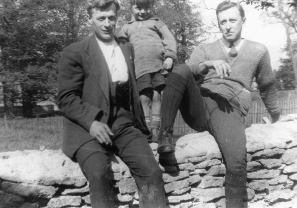 c. 1924 Charles Eaglestone, his son Jack, William? Dallinger.