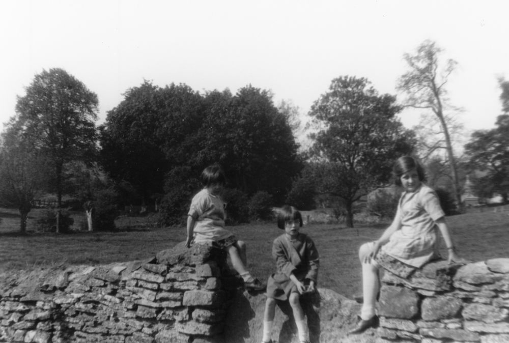 c. 1926 Washington Terrace stone stile. Jean Dallinger, Joan Eaglestone, Betty Dallinger.