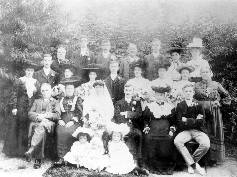 August 31 1907 Wedding of Albert Charles Eaglestone (16.7.1884 - 7.8.1962) and Susan Alice Annie Hamilton (28.3.1882 - 8.3.1965).