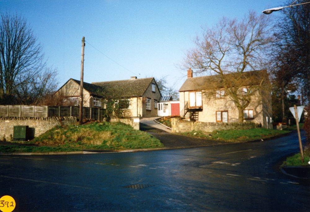 1989 A4030 Kiddington Road / Worton Road crossroads.