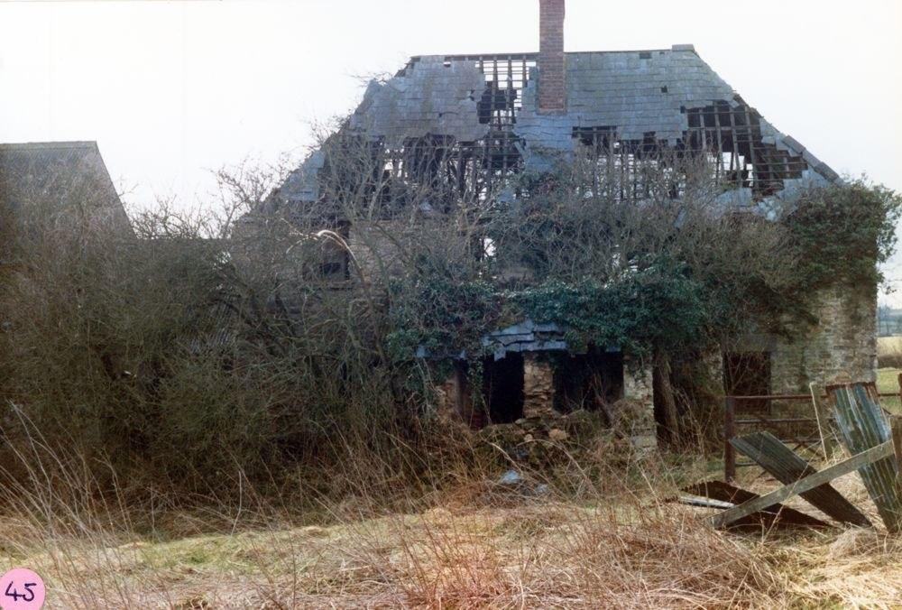 1986 Hollier's Barn. Back.