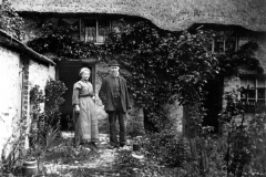 c. 1915 Josiah and Margaret Wilkins outside their cottage a short way up Worton Road on the west side. Pound Cottage, 1 of 4.