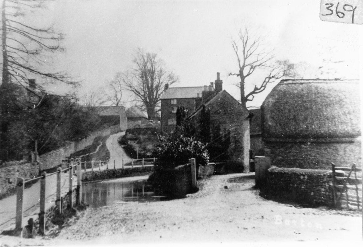 c. 1900 Mill Lane ford.