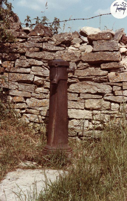 December 1986 Kiddington Road water standpipe, stolen October 1998.