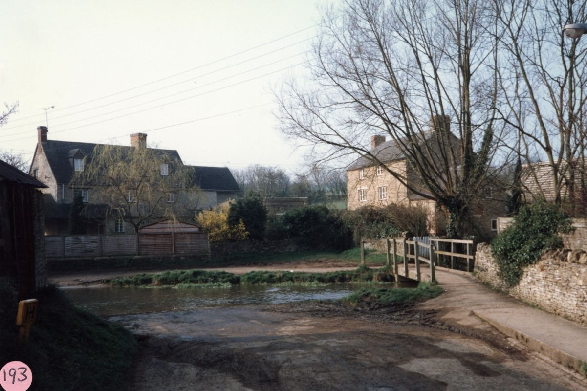 1987 Ford on Fox Lane.