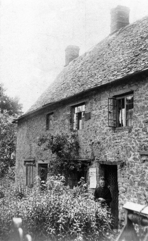 1930s Cottages in Jarvis Yard. Looking from Fox Lane.