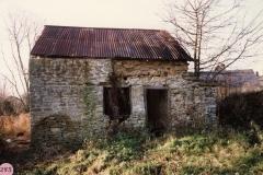 1987 Derelict building by 17 Fox Lane.