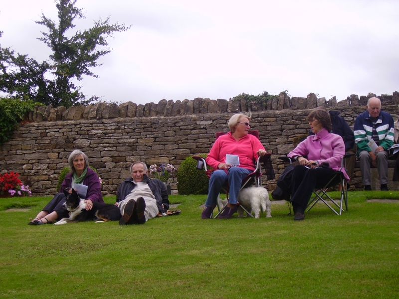 Pet service at Steeple Barton Church 2010. Left to right: Mr and Mrs Dave Jackson, Heather Hughes, Clare Knight, ?.