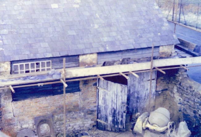1984/5 45 South Street - forge refurbishment.