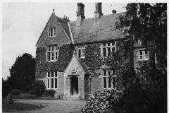 1942. The Manor Westcote Barton Oxon. W.L.U Hostel.