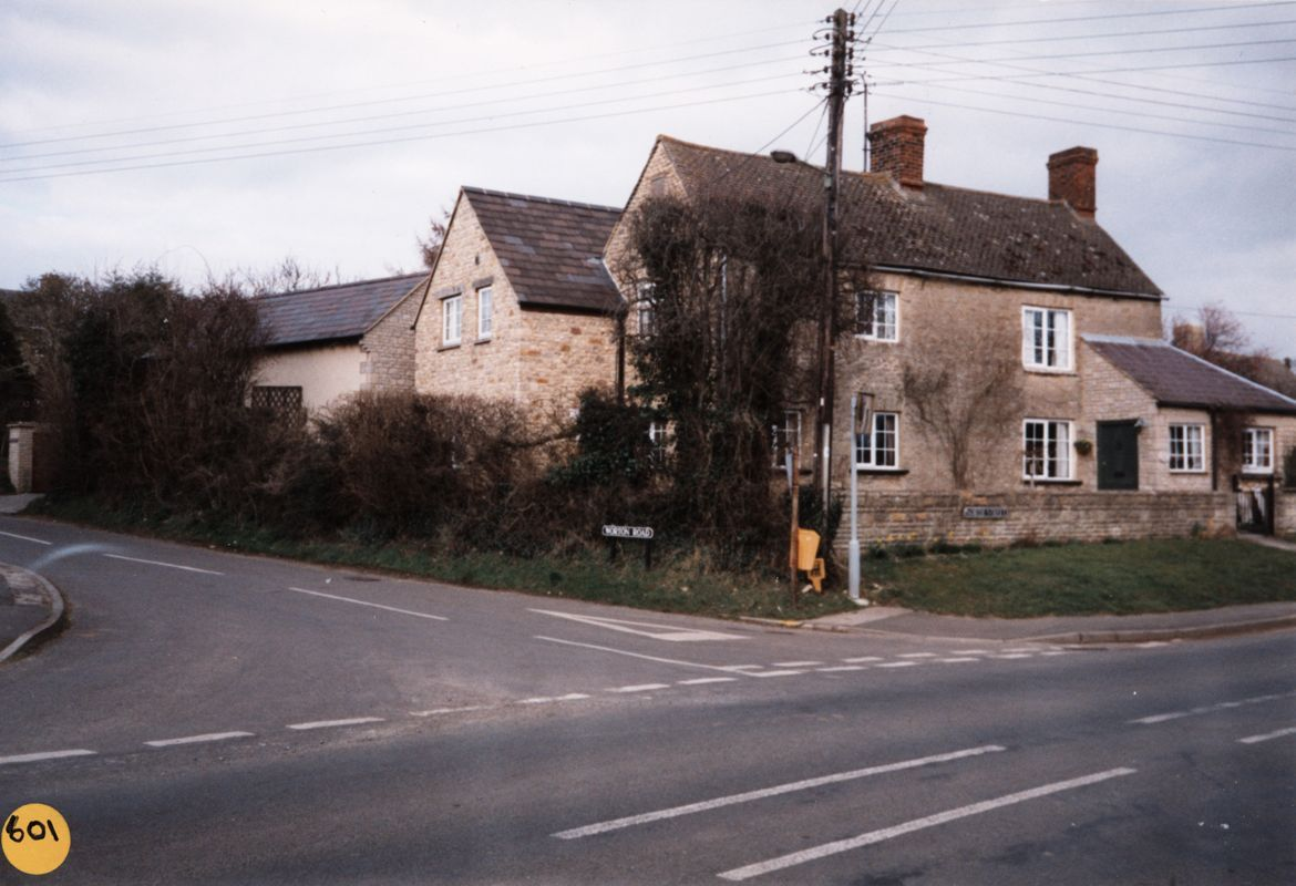 March 1995 1 North Street.