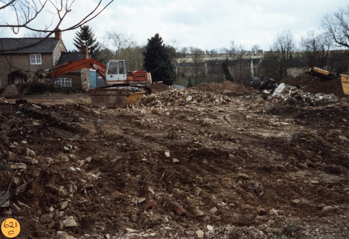 March 1998 Prior's Yard, North Street.