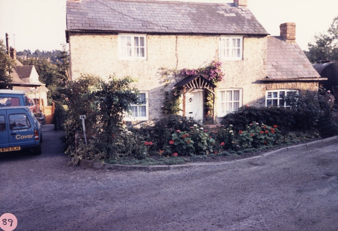 October 1986 16 North Street.