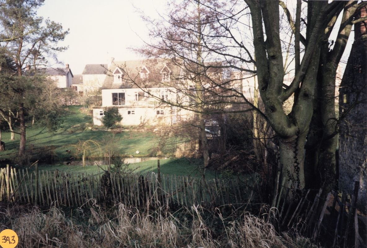 1989 Dornfield House from the south.