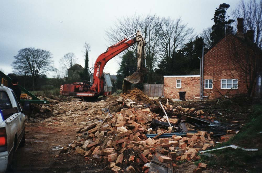 Demolition of lorry yard and cottages on North Street.