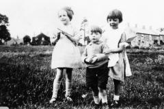1920s Children by Washington Terrace.