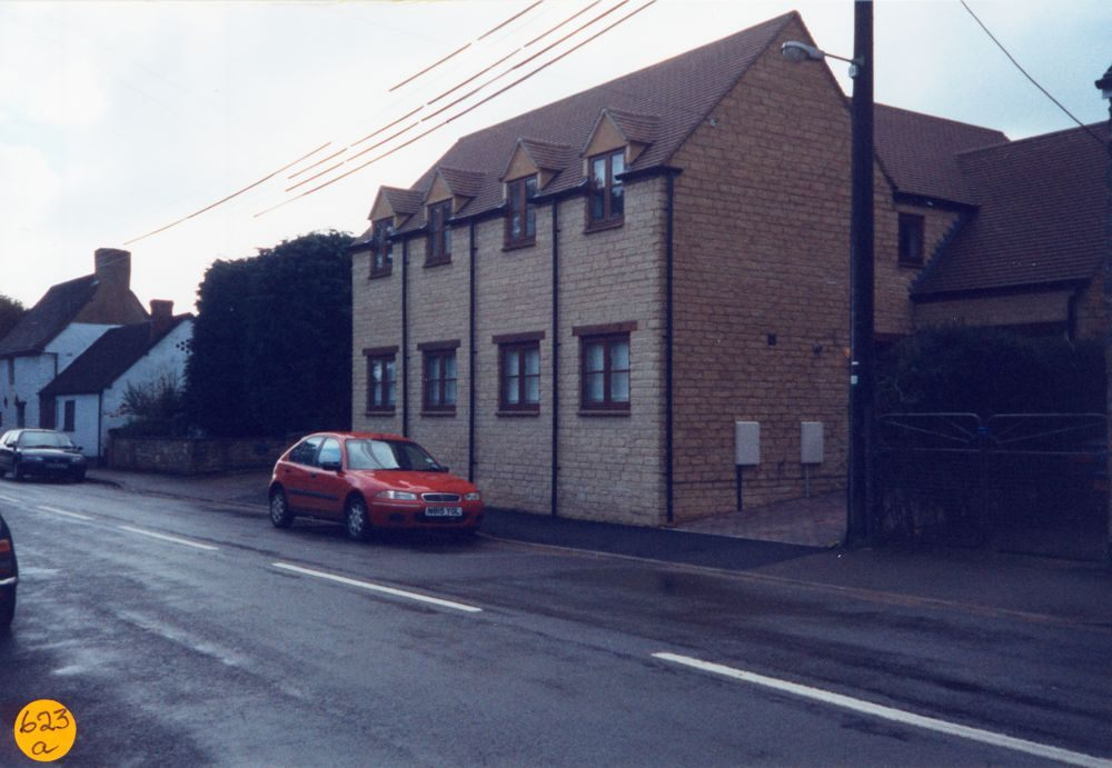 1998 March. Houses on the site of the cinema, North Street.