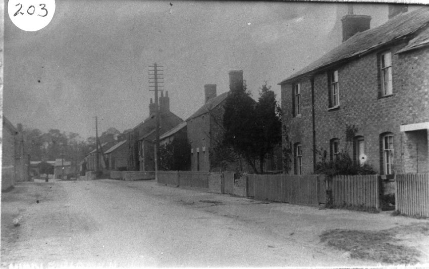 c 1910. North Street looking west.