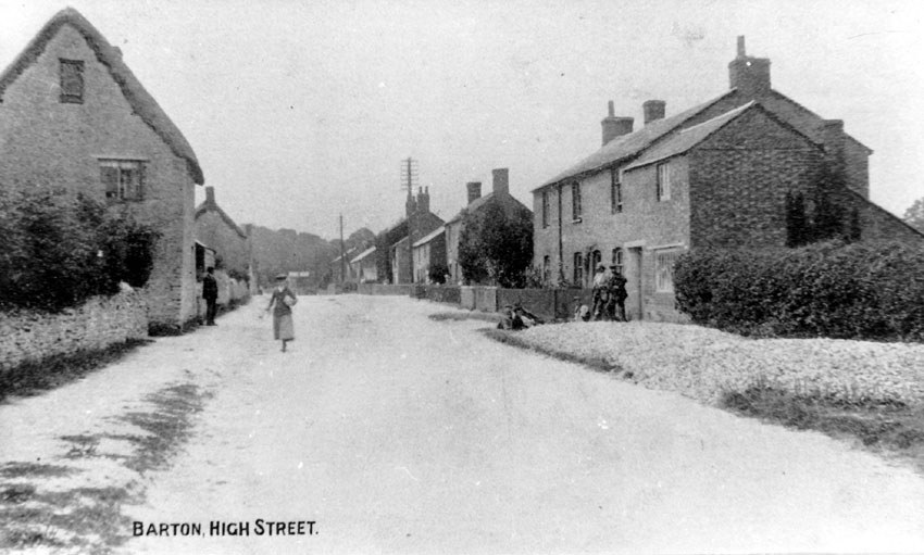 1920s. Houses on the right hand side were pulled down to make the entrance to the Firs estate.