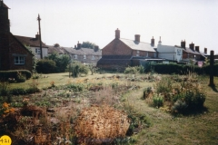 1989 July. Garden of 67 North Street, looking south-west.