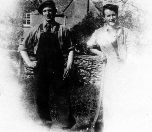 c 1950 Members of Wood family, Stanley and Bunny Keen.