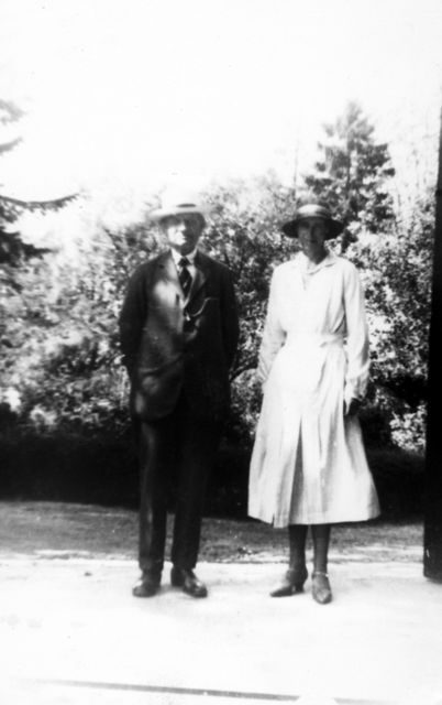 Major and Mrs Durnford.