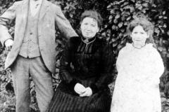 c. 1910 George, Viena (?), and Ivy (?) Baker.