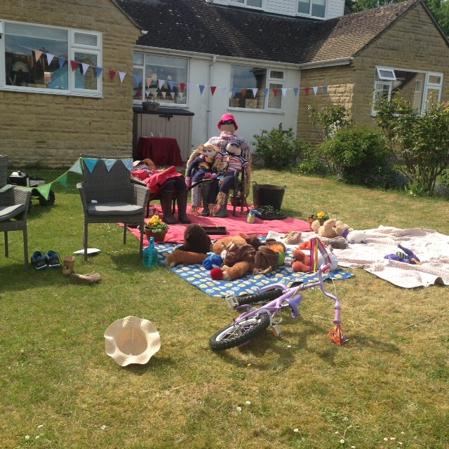 Scarecrows-Rectory-Crescent-5