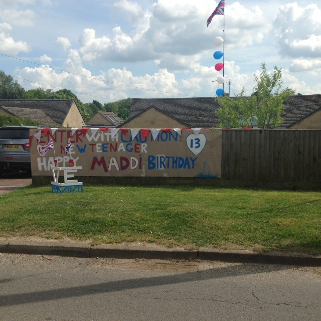 Two-celebrations-Enstone-Road
