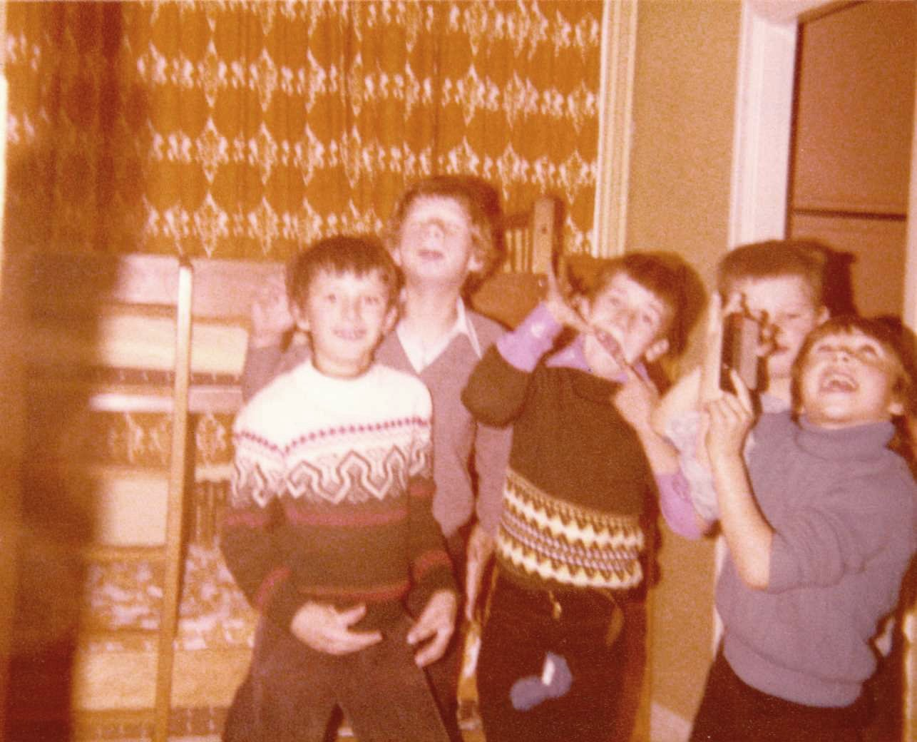 c. 1980 Barnes Close. ? Stillman, Simon Day, Danny Hazell, Simon Coombes and Darren Wickham.