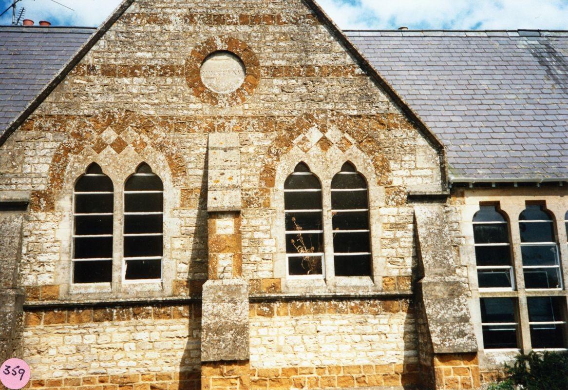 1986 School datestone: MDCCCLXVI (1866).