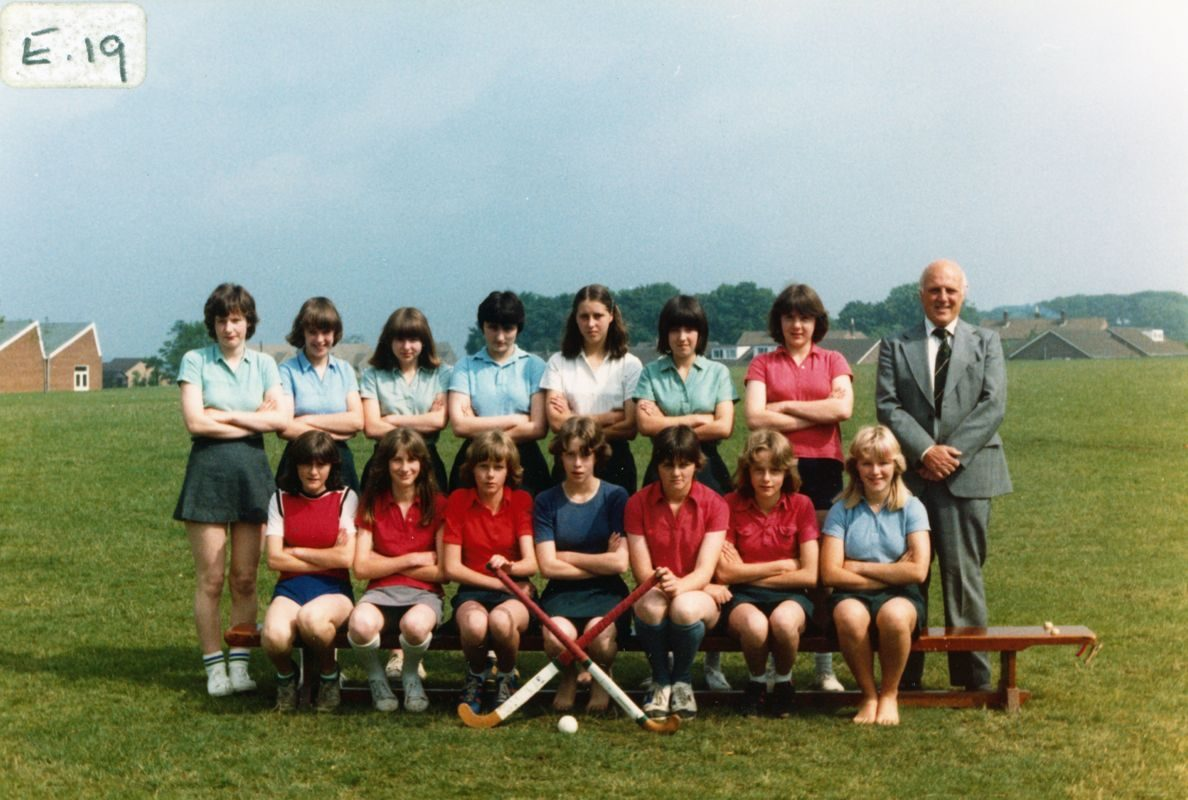 1978/79 Chipping Norton School. Back row 4th from left: Alison Page. Mr Arthur Nockels.