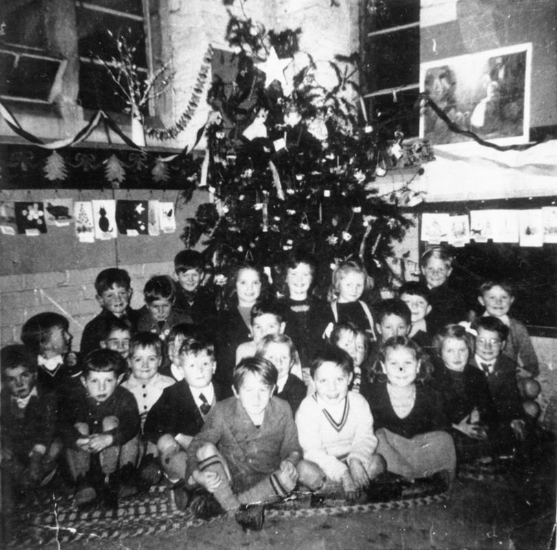 1950s Next to tree on left - David Stewart. David Eaglestone, Douglas, Desmond Houston, Christine Butler, Helen Wood, Peter Brooks?
