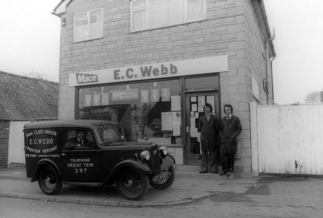 1970 Robert and John Webb by the Worton road shop. Ron was then running their shop at Sandford St. Martin.