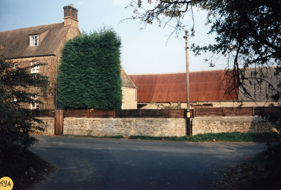 October 1994 The barn belonging to Home Farm.