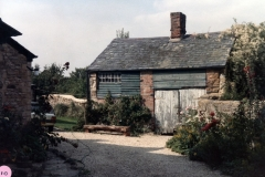 1985 45 South Street, old smithy.