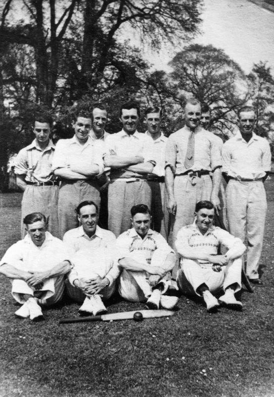 1935 Back: Jock Smith, George Kirby, Bert Gross, Sid Cox, George Hughes, Tom Cattle?, Bill Hudson. Front: Billy Stewart, Ken Castle, Jessie Stewart and Harold Stewart.