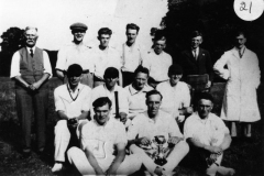 1920s Back: James Canty, Jack Cox, Ron Hawtin, Cyril Hawtin, Bill Stewart, ? Woods, Jethro Calder, Bill Hudson, Sid Cox, Bert Gross, Harold Stewart, Arthur Stevens, Ken Castle and Jesse Stewart.